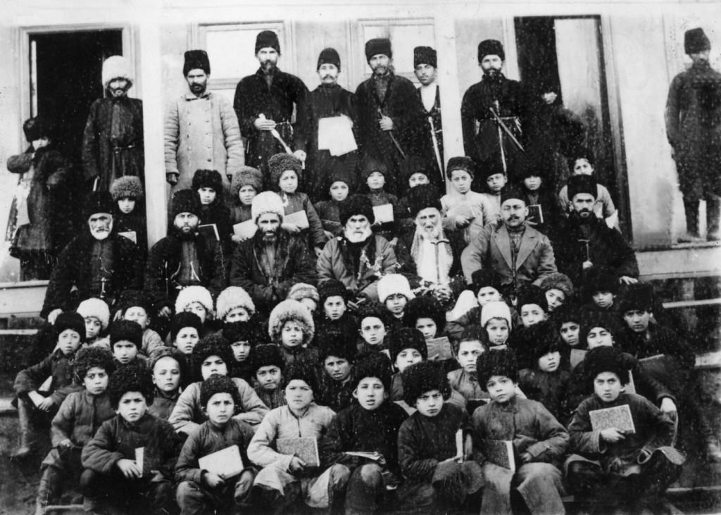 Нухай Батырмурзаев, его сподвижники и ученики аксаевского медресе